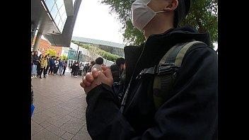 Chinese women attack Hong Kong student