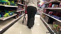Gorgeous Latina Solo Shopping Candid