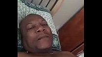 M-Dee Rubens de  Haïti en masturbation