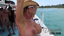 Deauxma on Catamaran