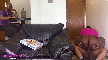 BBW Fucks The Pizza Man For Free Pizza