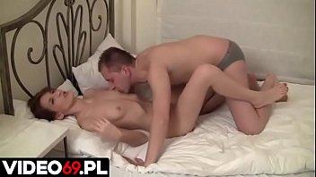 Polskie porno - Rżnięcie zdesperowanej kobiety
