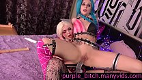 Sisters with doublehead dildo & Harley Quinn fuck Jinx anal lesbian cosplay