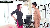 शरारती लड़के ने स्कूल की महिला प्रिंसिपल को नंगा करके उसकी चूत चोद दिया 5 min