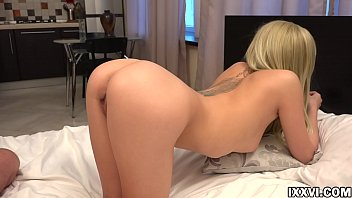 Jerk off and cum on my ass dear. Vira Gold and Olivia Devine