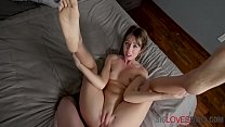 Practicing On Sister's Pussy- Daphne Dare