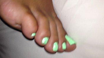 Cum on wifes s. feet