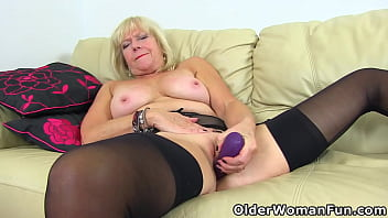 Let this UK granny seduce you with her old hot body
