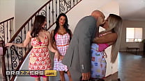 (Kissa Sins) Is Being Dominated By Peta Jensen (Kendra Lust) So Johnny Restores Order - Brazzers