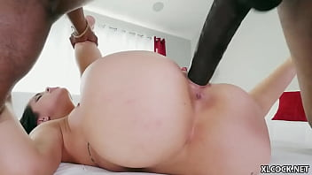 SlimPoke introduced his BBC to Alina Lopez