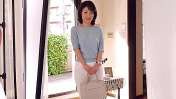 初撮り人妻ドキュメント 青山涼香