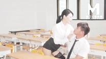 【国产】麻豆传媒作品/MD0151弄坏女教授 001/免费观看