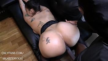 Big Butt Latina Milks bbc 43 sec