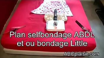 Plan selfbondage ABDL ou bondage little