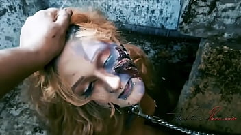 I captured a zombie to fuck her