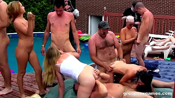 Squirting Summer Madness 10 min