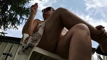 Sexy cigarettes smoked in a public garden for your Italian stepmother to spy on her