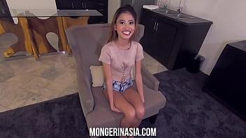 Tiny Filipina girl will do anything for a job 6 min