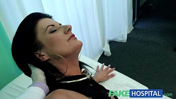 FakeHospital Smart mature sexy MILF has a sex confession to make 14 min