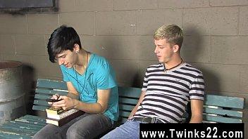Amazing twinks Kayden Daniels and Jae Landen have a enormous problem,