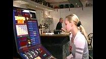 belgian Jill fucks dutch bartender (Vlaamse Jill neukt Hollandse barman)