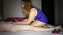 Thick Thai amateur gives her client a dirty massage