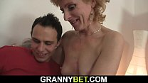 He fucks skinny blonde woman