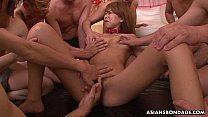 Dudes fucking her and she loves the group session