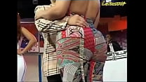 OMG Big booty in pants!! LATINA HOT ASS