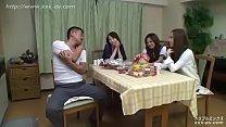 Phim sex hiếp dâm 3 chị em họ hàng ngon một lúc