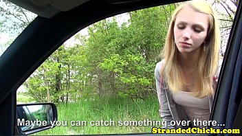 Young hitchhiker pays ride with her pussy