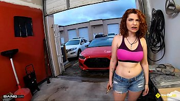 Roadside - Braceface Redhead Fucks To Get Her Car Fixed
